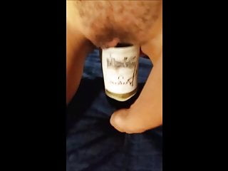 Pussy stretching (bottle and kong)