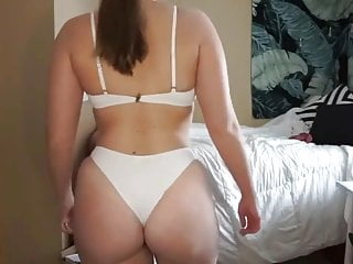 Hannah Garske lenceria blanca