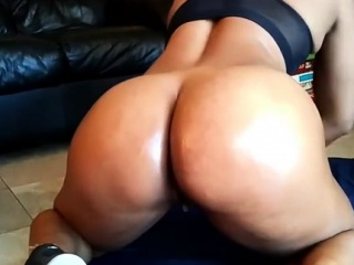 Bigtit Ebony Fingering on Webcam