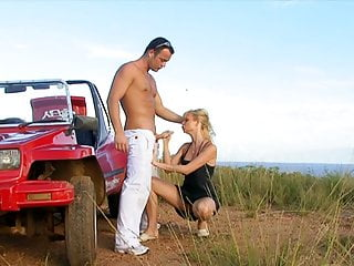 Hero Stud Fixes Blonde's Jeep And Gapes Her Ass