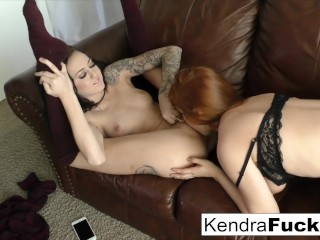 Kendra and Penny finger blast each other to a wet completion