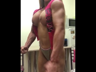 You will not never seen like this muscular boobs
