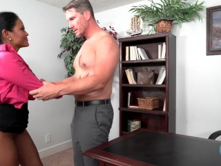 Maxine is a cum-covered secretary