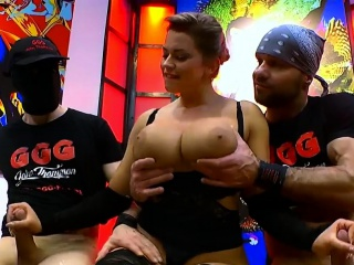 Big Tits and Cum for Beautiful Chloe La Moure