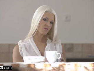 GLamkore - Fit Czech babe Blanche Bradbury Erotic DP Session