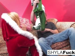 Shyla's Xmas Creampie